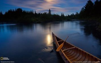 moonlight_canoe_allagash_river-landscape_photography_theme_wallpaper_1680x1050